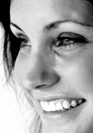 Emily-Lindin-Entrevista-2013-The-Unslut-Project-top